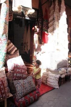 moroccan carpets shopping